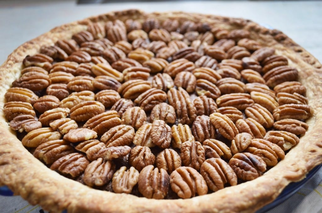 Salted Caramel Chocolate Pecan Pie - My Modern Cookery