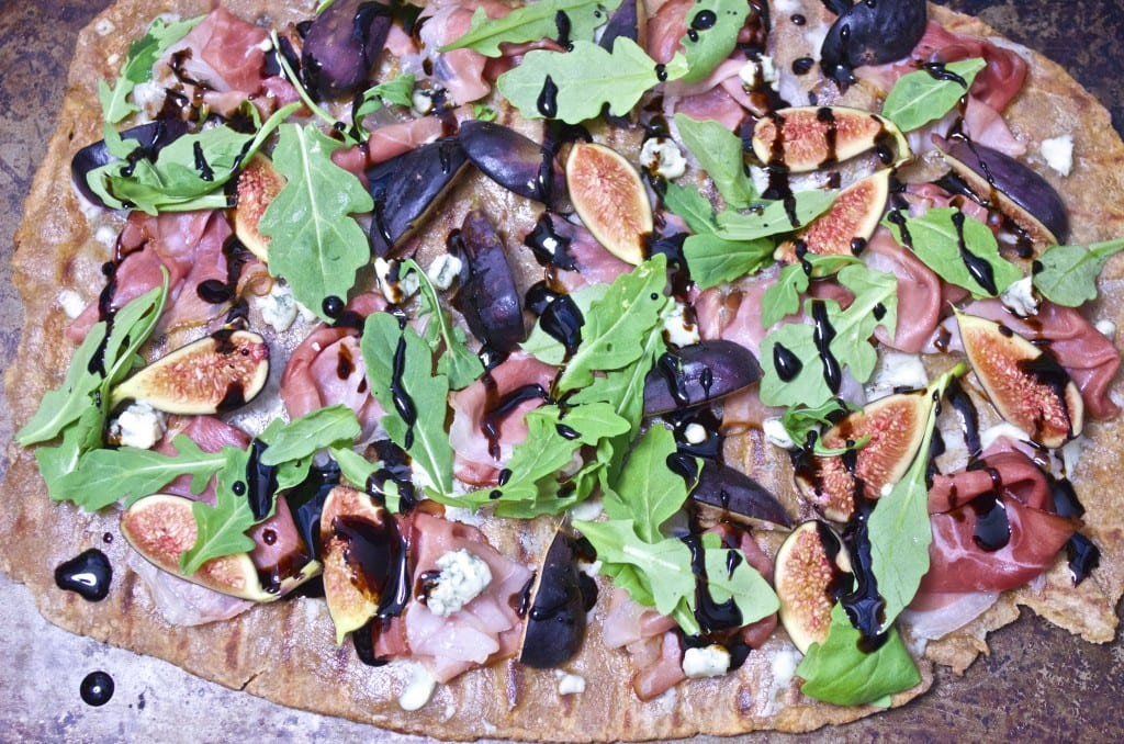 Grilled Fig and Prosciutto Pizza