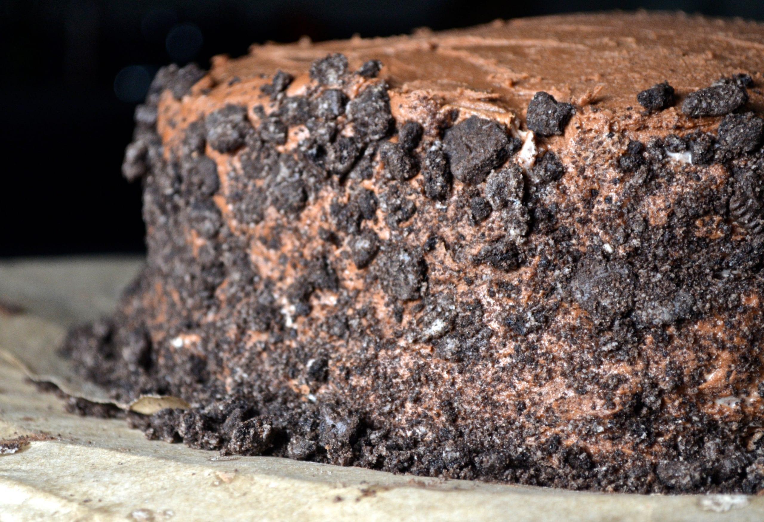 Indulgent Chocolate Oreo Cake My Modern Cookery