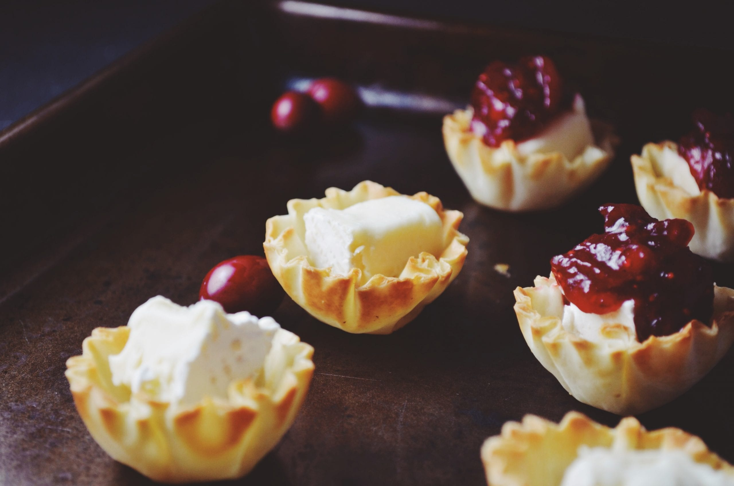 Phyllo Cups with Brie and Jalapeño Cranberry Chutney