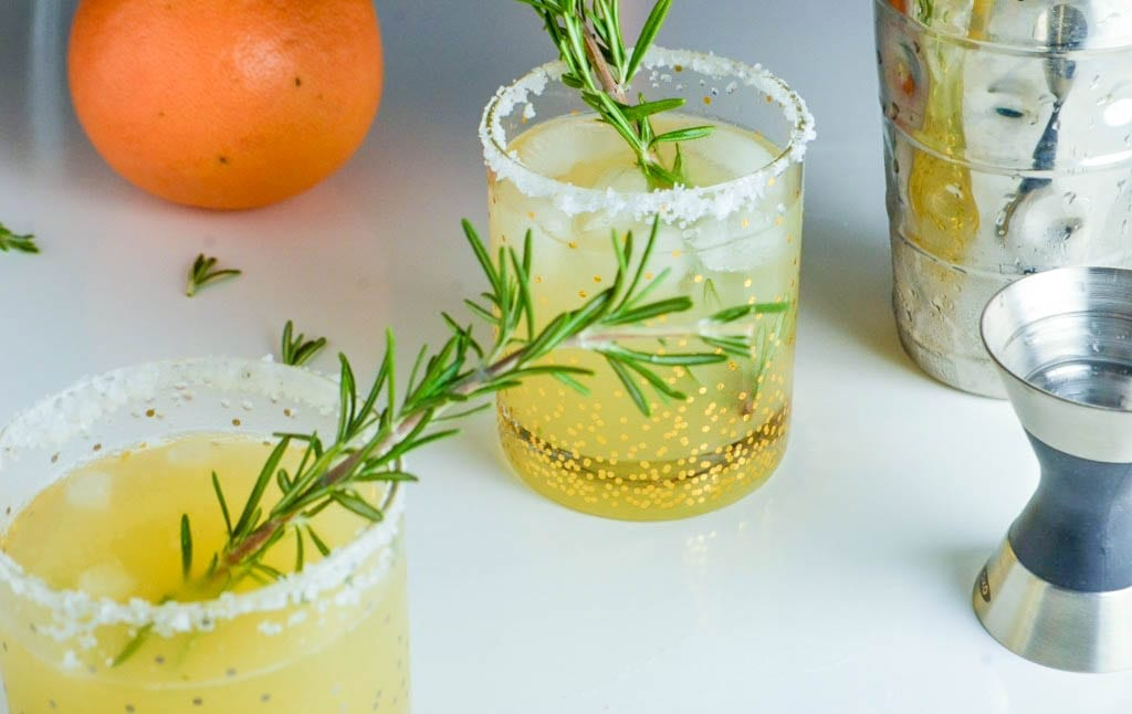 Rosemary Grapefruit Salty Dog _