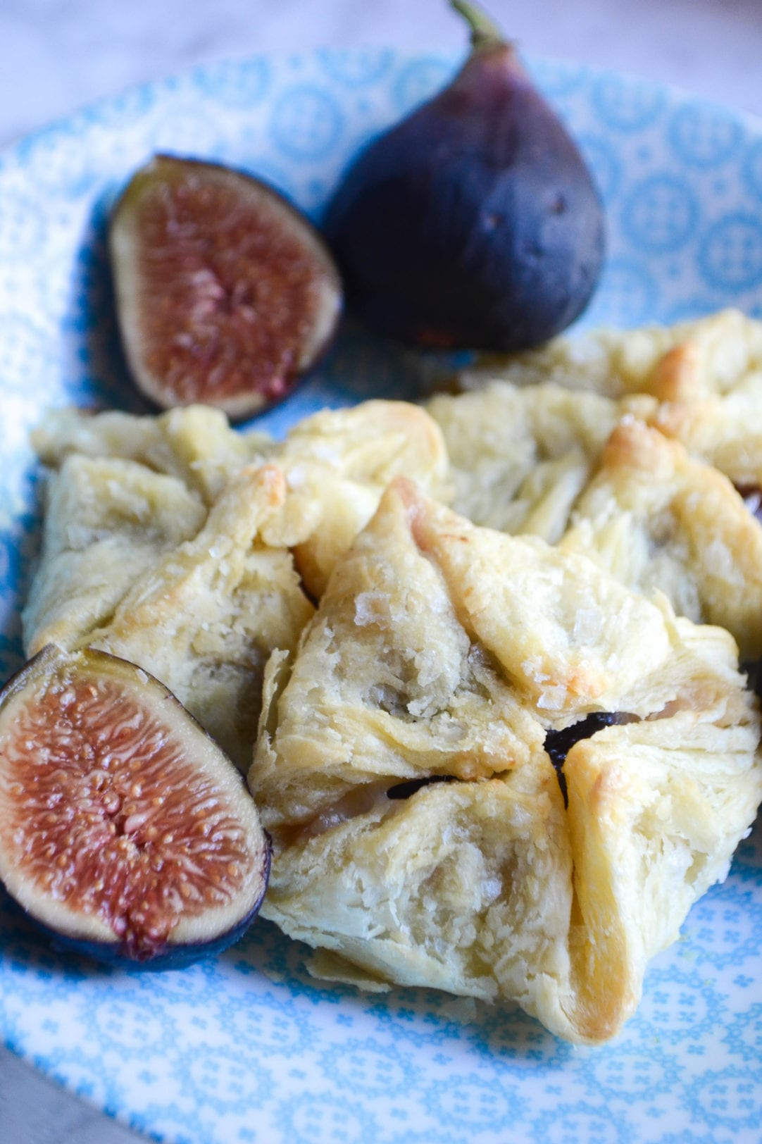 Fig Prosciutto and Gruyere Purses
