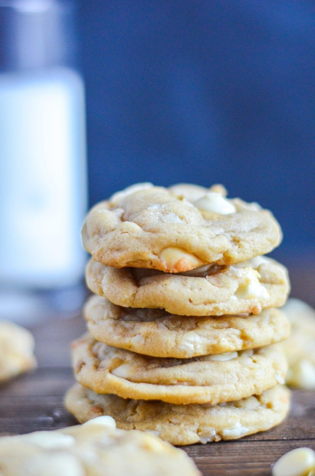 Chewy White Chocolate Macadamia Nut Cookies -