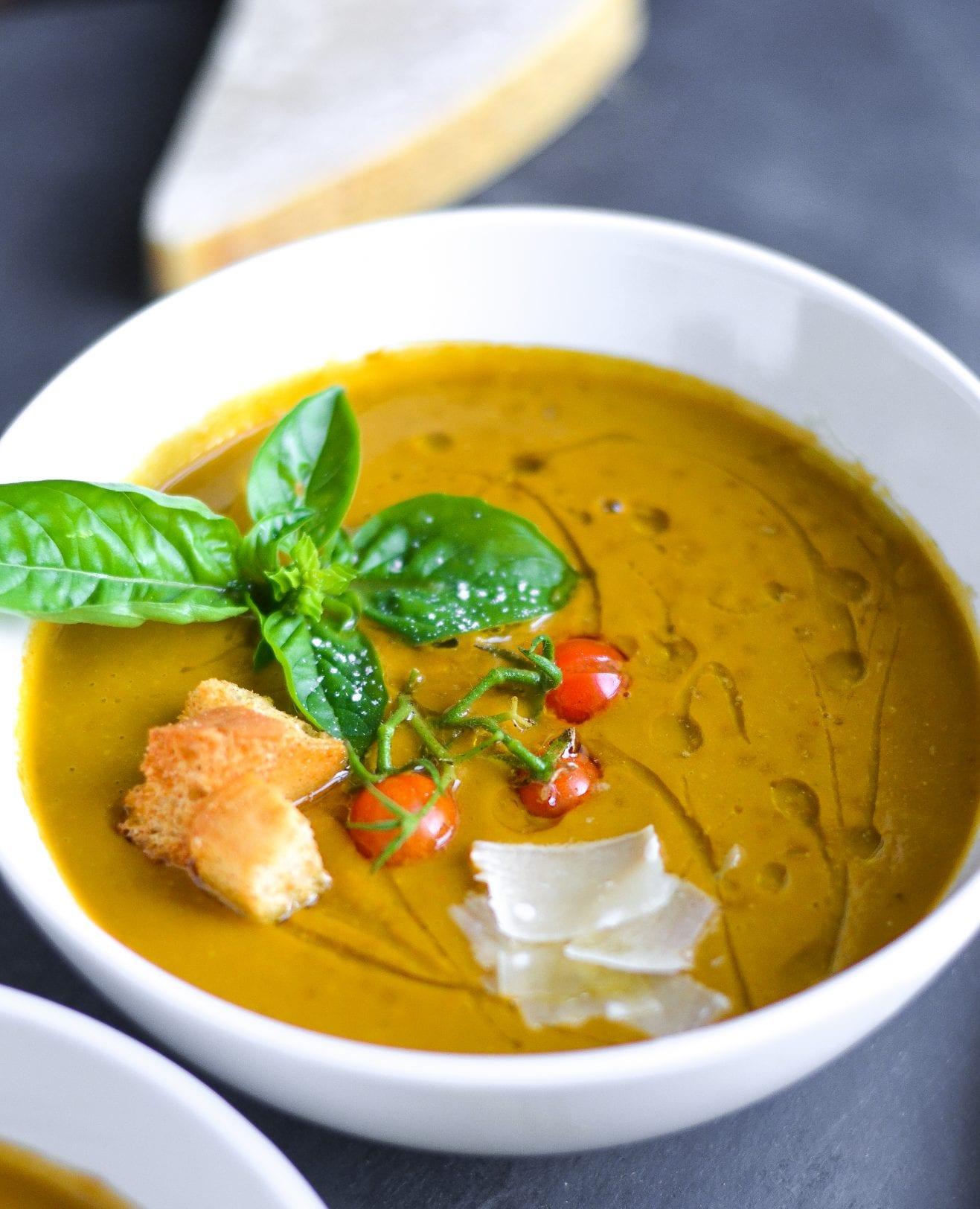 Creamy Dairy-Free Roasted Tomato Basil Soup