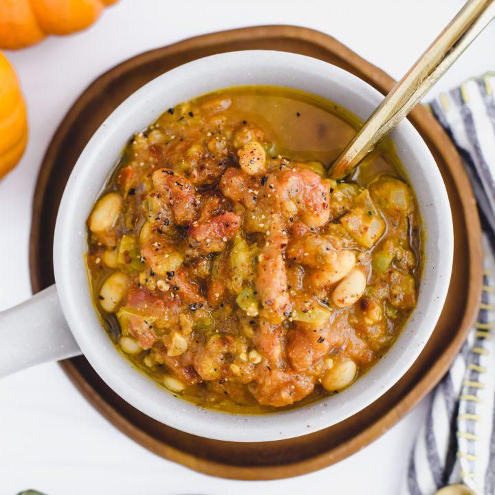 Pumpkin White Bean Chili