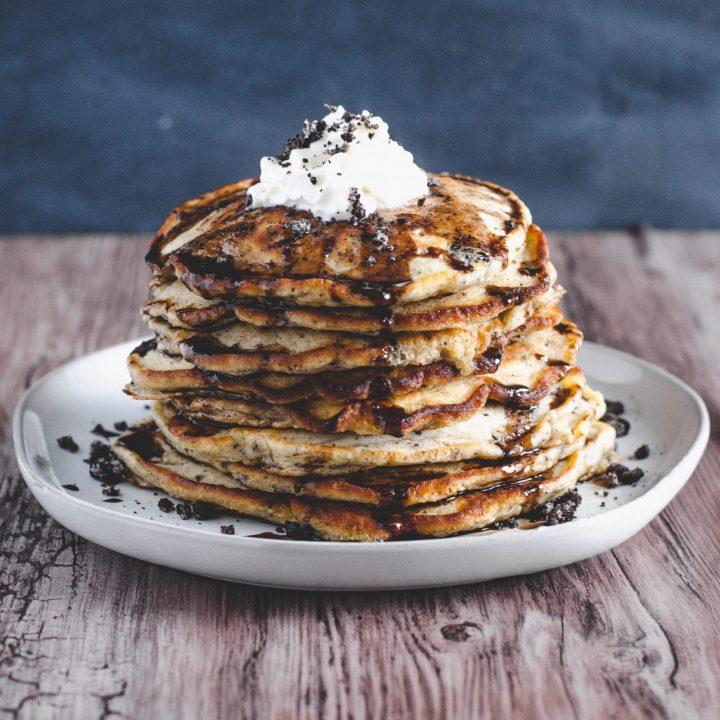 Cookies & Cream Yogurt Pancakes