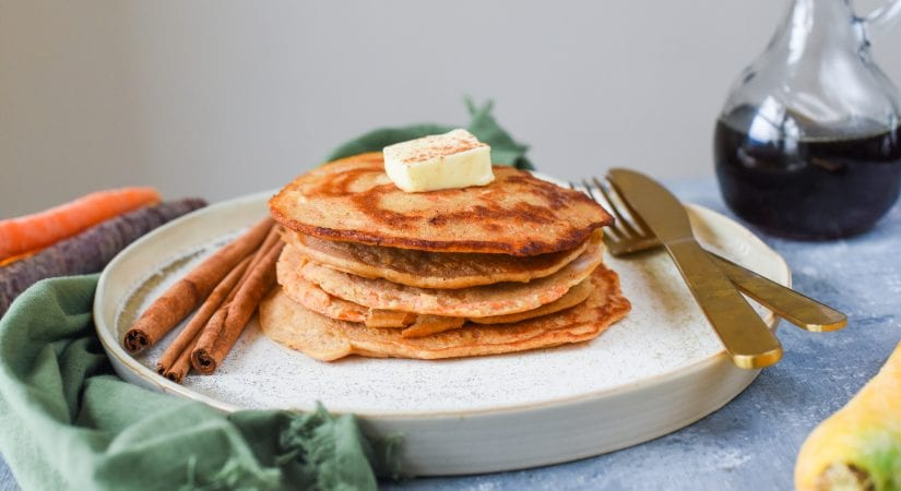 5 Ingredient Carrot Cake Pancakes