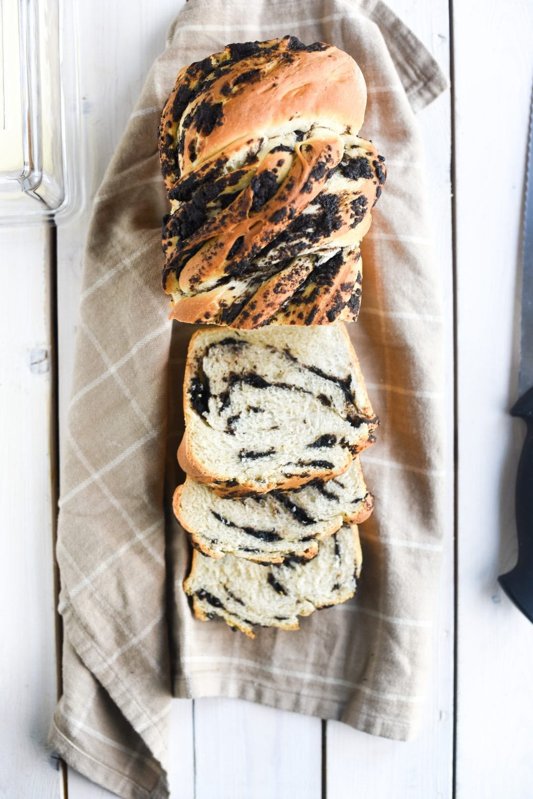 cookies and cream bread