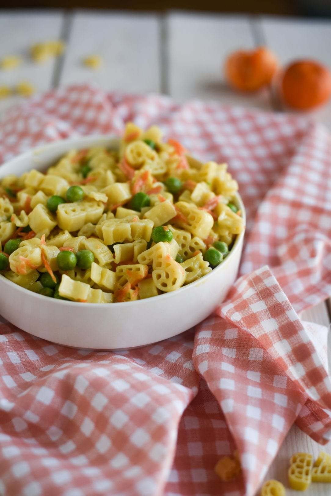 pasta in bowl with vegetables