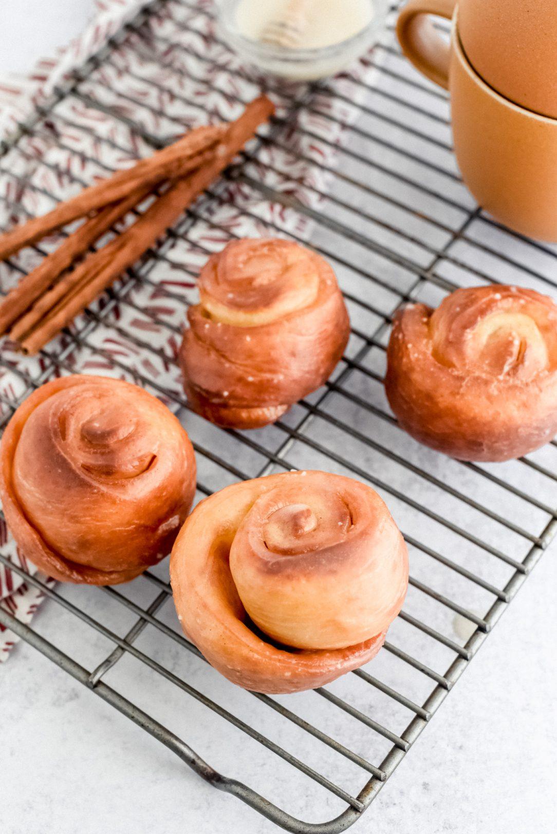 honey buns on baking rack